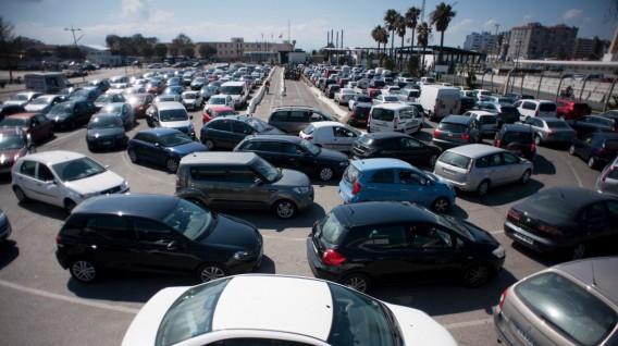 Autos sin conductor reducirán tráfico, no las primas de seguro